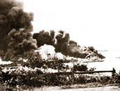 ダーウィン港で爆撃の被害を受けた船