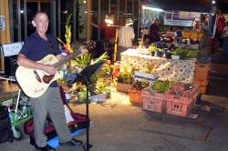 パーマストンマーケットのストリートミュージシャン